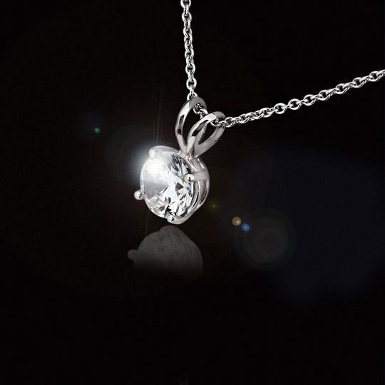 Pendant-Necklace-MiaDonna-Diamond-Hybrid-Giveaway-Valentines
