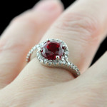 Cresendo Accented Engagement Ring_Round cut Ruby Gemstone