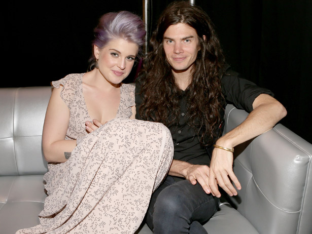 kelly_osbourne_engaged_VH1.com