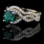 Infinity Wedding Set in Yellow Gold with Emerald Gemstone