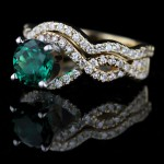 Infinity Wedding Set with Emerald Gemstone in Yellow Gold