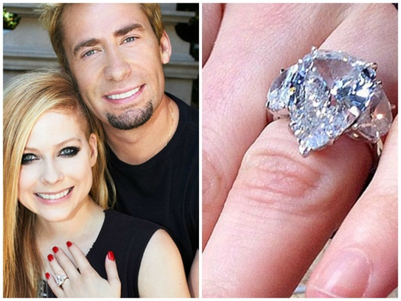 avril lavigne rocks her diamond anniversary ring from