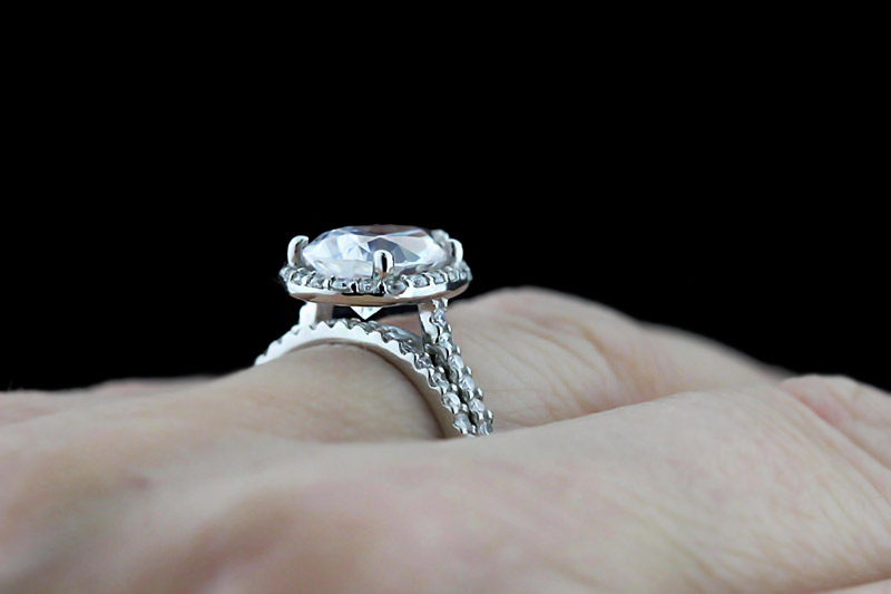 Custom Engagement Ring Design | Custom Diamond Halo Wedding Set | Pear cut Diamond Hybrid | MiaDonna