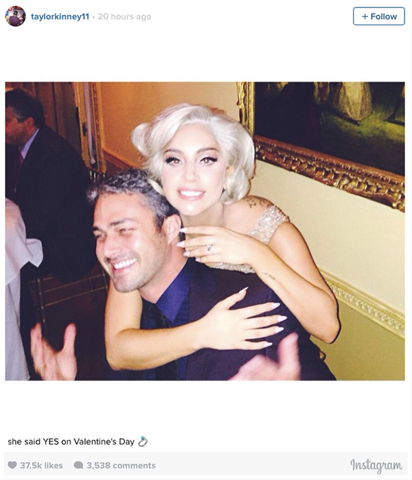 Taylor Kinney Proposed | Lady Gaga's Engagement Ring