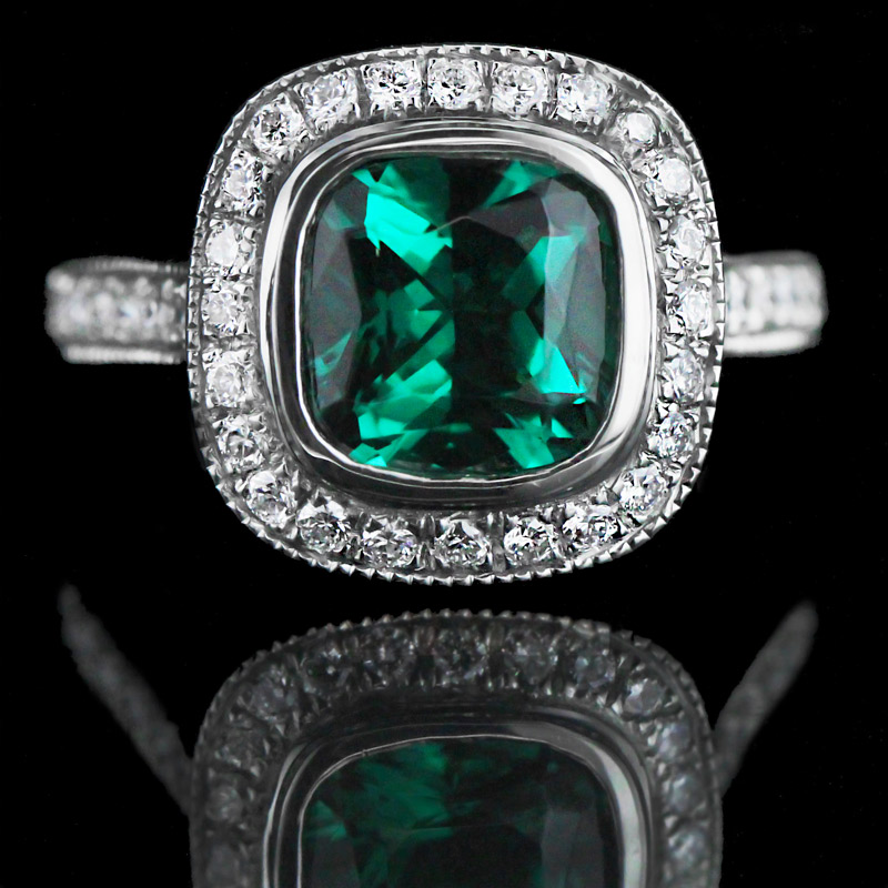 Look Gorgeous in Green Lab-Created Emeralds | Luxury Engagement Ring
