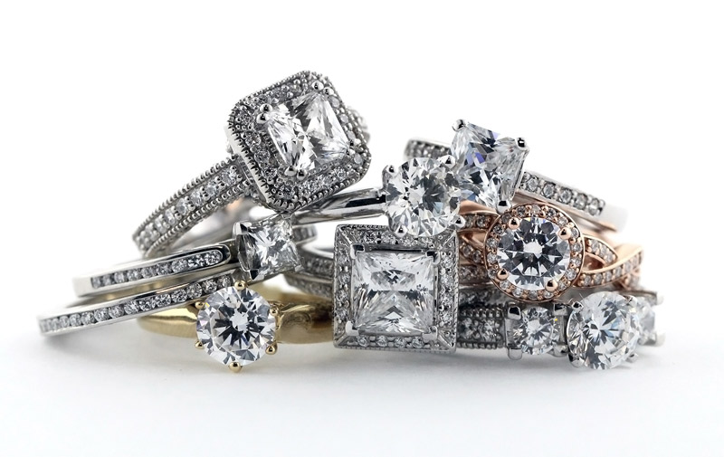 10 Tips for Buying the Perfect Man-Made Diamond Engagement Ring | Style | MiaDonna