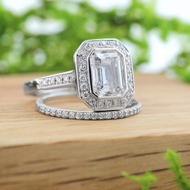 The World Famous Diamond Hybrid | Heirloom Engagement Ring  and Universal Wedding Band |MiaDonna