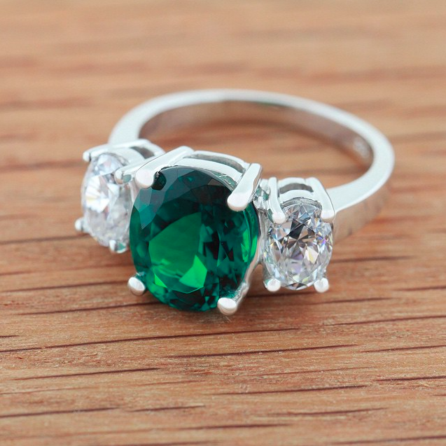 The World Famous Diamond Hybrid | Twilight Engagement Ring  with Lab-Created Emerald |MiaDonna