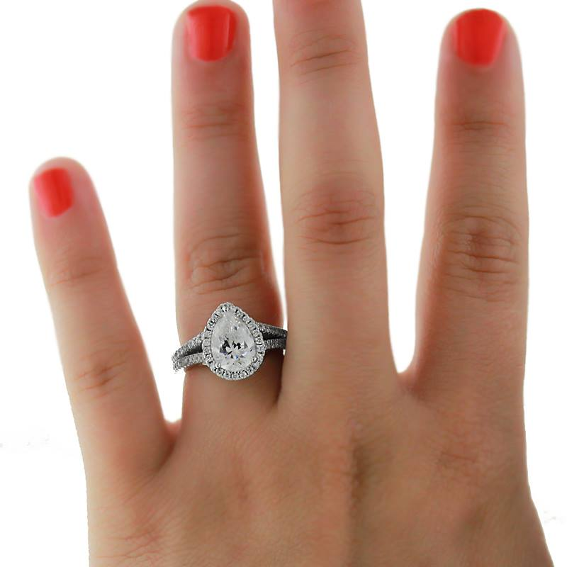 Do's and Don'ts to Custom Engagement Ring Design | Custom Split Shank Engagement Ring | MiaDonna