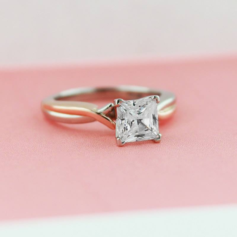 why everyone should buy their engagement ring