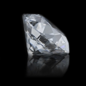 The MOST BEAUTIFUL Lab-Grown Diamonds are at MiaDonna | 2.0cts E color, VS2 in clarity