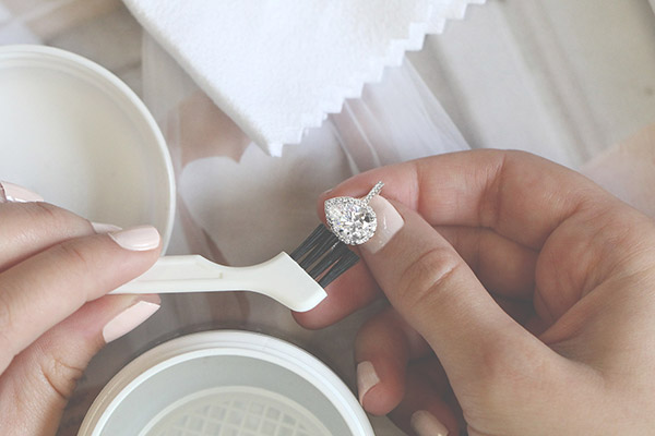 Engagement Ring Selfie: Clean Your Ring